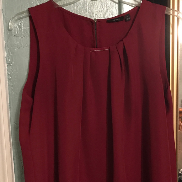 Apt. 9 Tops - NEW XL Deep Red Sleeveless Blouse